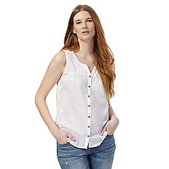 Mantaray - White broidery yoke notch neck top