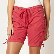 Dark pink multi pocket shorts