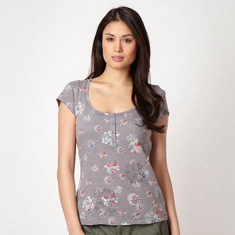 Mantaray - Grey floral textured jersey top
