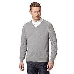 Hammond & Co. by Patrick Grant - Big and tall designer light grey v neck jumper