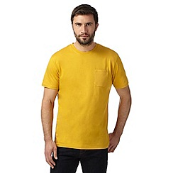 Hammond & Co. by Patrick Grant - Big and tall mustard pocket t-shirt