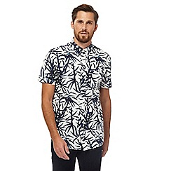 Hammond & Co. by Patrick Grant - Navy bamboo print short sleeved shirt