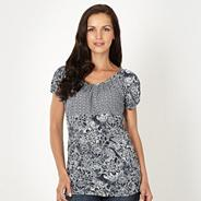 Navy crinkled mixed print top