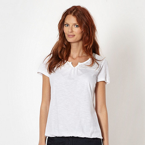 The Collection - White daisy broderie top