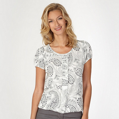 The Collection - Ivory paisley print box fit top