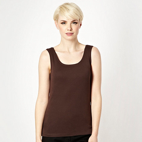 The Collection - Brown scoop neck vest