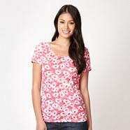 Pink floral scoop neck t-shirt