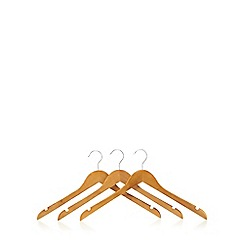 Osborne - Pack of three wooden coat hangers