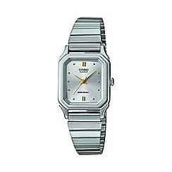 Casio - Ladies silver 'Core' vintage analogue display and stainless steel bracelet lq-400d-7aef