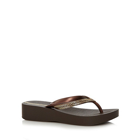 Ipanema - Dark brown mid wedge flip flops