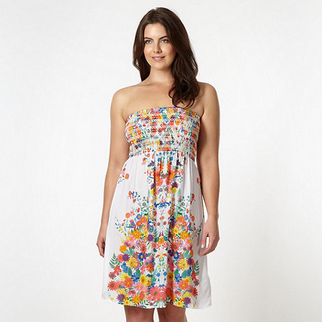 Gorgeous DD+ - White pressed flower print beach dress