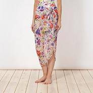 Designer white pressed flower print sarong