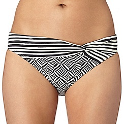 Principles by Ben de Lisi - Designer black zig zag bikini bottoms