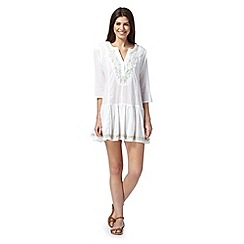 Reger by Janet Reger - White leaf embroidered kaftan