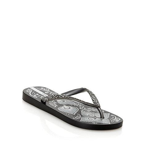 Ipanema - Black metallic floral flip flops