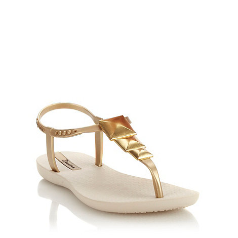 Ipanema - Gold pyramid charmed sandals