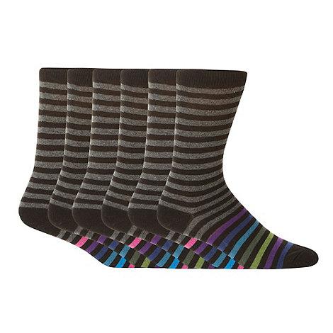 Freshen Up Your Feet - Pack of five black tonal striped socks