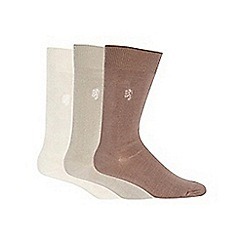 Pringle - Pack of three brown plain bamboo socks