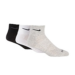 Nike - Pack of three white black and grey 'Dri-FIT' sports socks