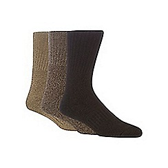 Mantaray - Pack of three brown, light brown and natural boot socks