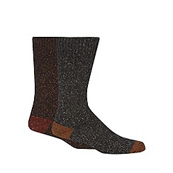 Mantaray - Pack of two brown fleck boot socks
