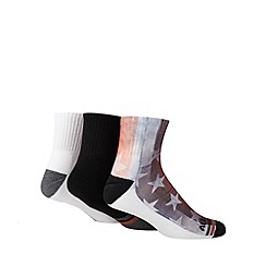 Converse - Pack of three white American print socks