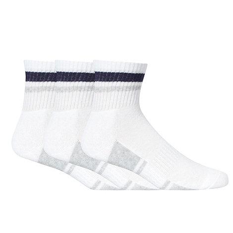 Debenhams Basics - Pack of three tip striped sports socks