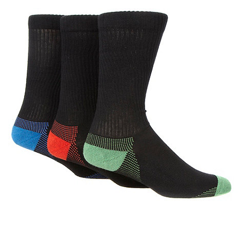 Debenhams Basics - Pack of three black ankle length sports socks