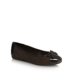 Good for the Sole - Dark brown 'Georgia' wide fit pumps