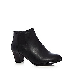Good for the Sole - Black 'Gean' mid wide fit ankle boots