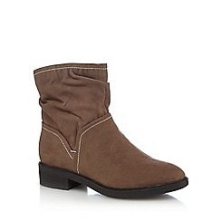 Good for the Sole - Taupe suedette 'Grayson' mid block heel wide fit ankle boots