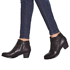 Good for the Sole - Black 'Gerdie' mid block heel wide fit ankle boots