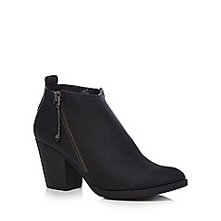 Mantaray - Black 'Marvin' mid block heel ankle boots