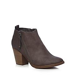 Mantaray - Grey 'Marvin' mid block heel ankle boots
