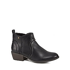 Mantaray - Black 'Melbourne' mid block heel ankle boots