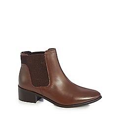 Mantaray - Tan leather 'Molton' mid block heel Chelsea boots