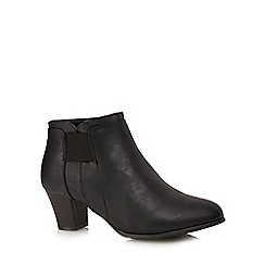 Good for the Sole - Black mid heel wide fit ankle boots