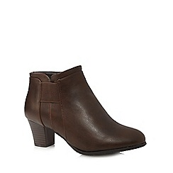 Good for the Sole - Brown mid heel wide fit ankle boots