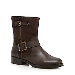 Mantaray - Dark brown suede ankle boots