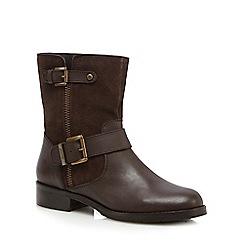 Mantaray - Dark brown suede ankle boots
