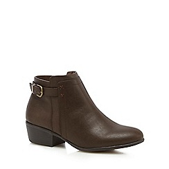 Mantaray - Brown 'Melrose' block heel boots