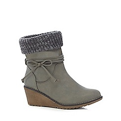 Mantaray - Taupe bow detailed ankle boots