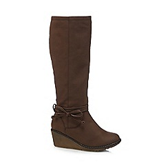 Mantaray - Brown wedge heel boots