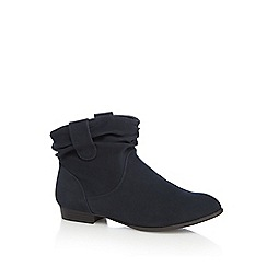 Mantaray - Navy ruched ankle boots