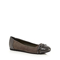 The Collection - Grey patent toe ballet flats