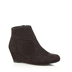 The Collection - Dark grey textured wedge heel ankle boots