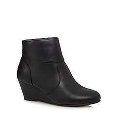 The Collection - Black 'Celeste' low wedge ankle boots
