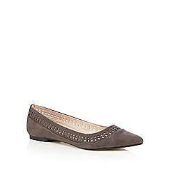 Nine by Savannah Miller - Grey cut-out trim flat pointed toe shoes