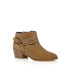 Nine by Savannah Miller - Tan suede ankle boots