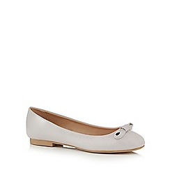 The Collection - Grey patent 'charlie' bow appliqu  pumps